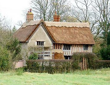 Reetdachhaus in England thatched by Keith Dunthorne www.eamta.co.uk