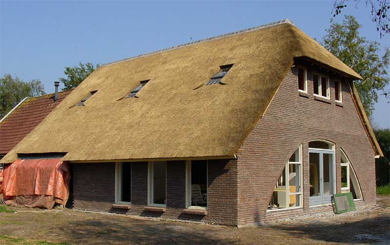 a thatched house in the construction stage the window sashes are still missing so - Thatched Rood
